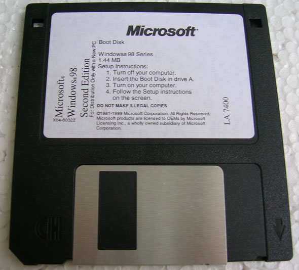 Discheta de boot, Windows 98SE originala